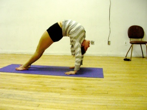 Lulu Sanz in Contortion Class